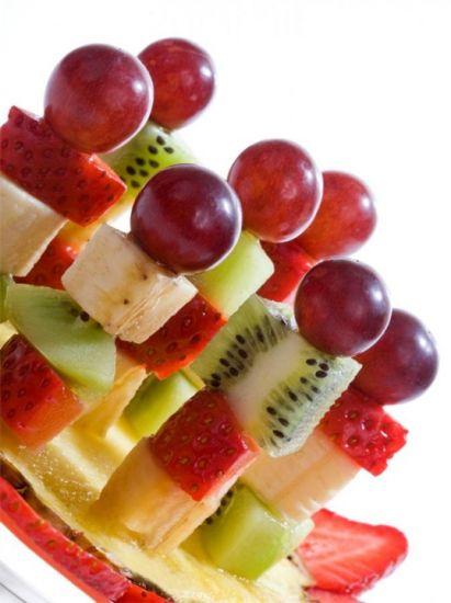 Fruktovoe-kanape.jpg